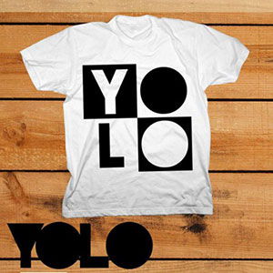 Minimal-Techno YOLO Shirt You only live once